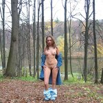 Naked Anya - from home to the forest park, pic 10