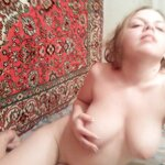 Naked girl by the carpet, pic 18
