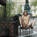 Naked Iran naughty on the street, pic 3
