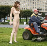 Naked Irena entertains passers, pic 19
