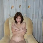 Naked wife in a chair, pic 1