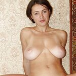 Unshaven pussy posing in a carpet, pic 23
