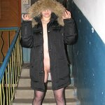Nudity and blowjob in the stairwell, pic 12
