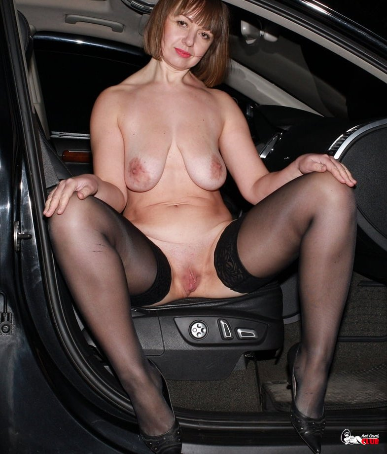 Mature Naked In Car